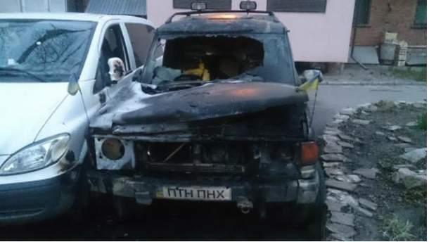 Сожгли авто активистов