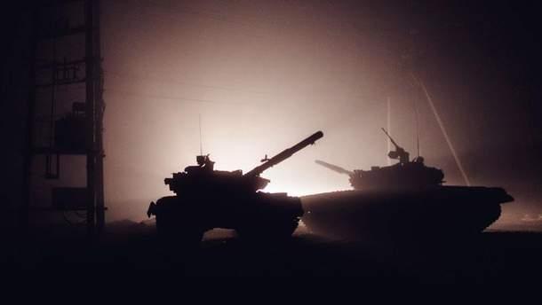 В Широкино террористы подключили танки, с нашей стороны есть раненый