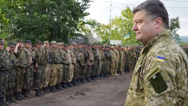 Петро Порошенко і військовослужбовці