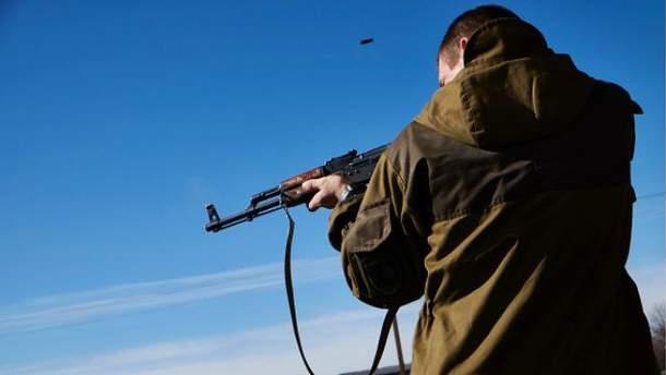 Боевики безжалостно обстреляли толпу людей на пропускном пункте