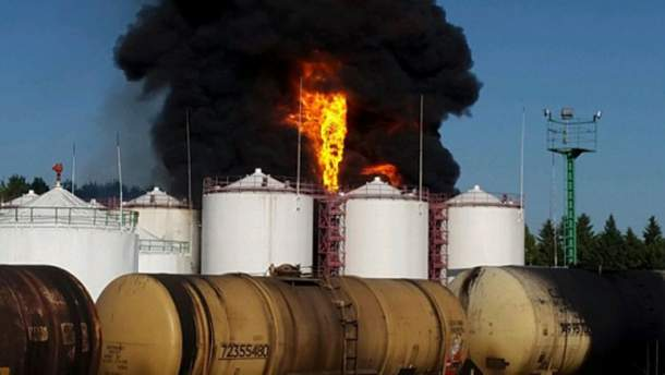 Пожар нефтехранилища