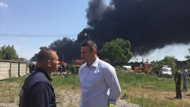 Віталій Кличко на місці пожежі