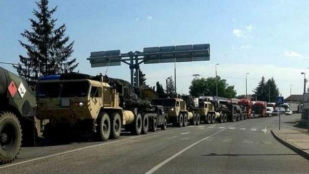 Военная техника на границе