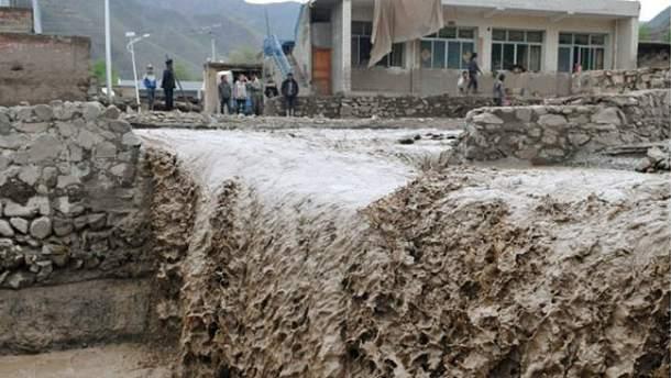 Уничтожительное наводнение в Грузии