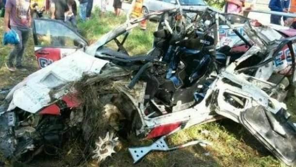 Украинские автогонщики попали в аварию
