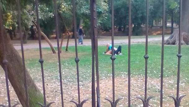 Секс у парку