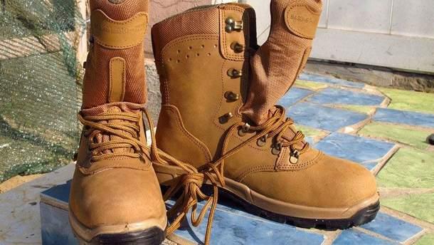 Нові черевики для бійців АТО