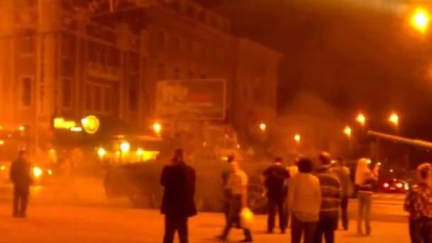 Танки в центре Донецка