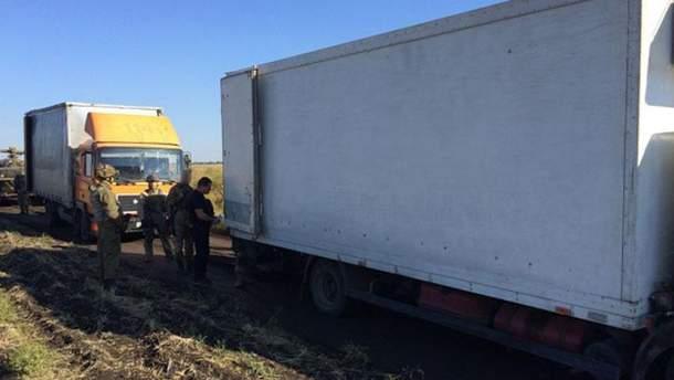 Перевірка вантажівок