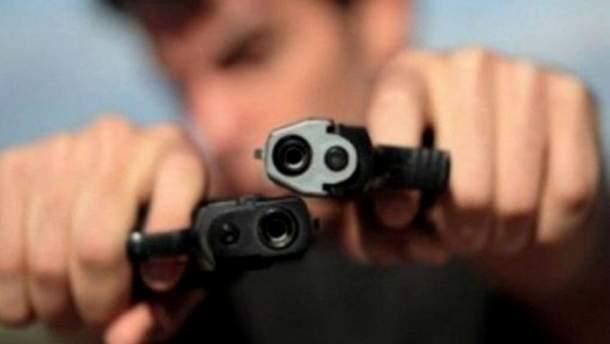 Пістолети