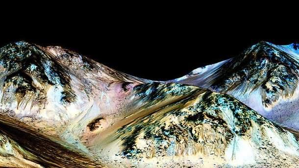 Вчені знайшли сліди від солоної води