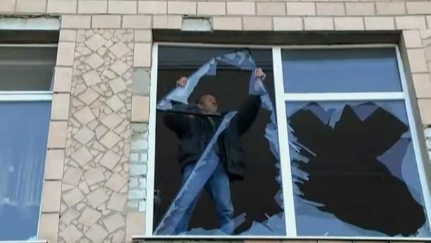 Вибиті вікна у Сватовому
