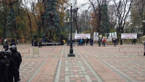 Під Радою готуються до мітингу УКРОПу