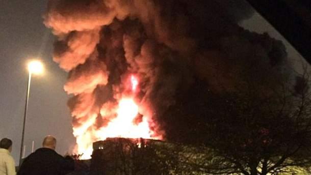 Пожар возле Лондона