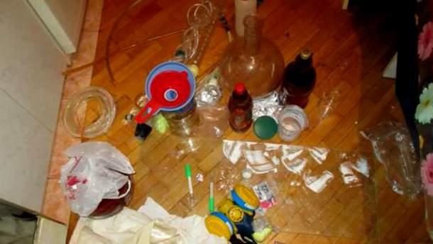 Правоохранители разоблачили наркопритон в Киевской области