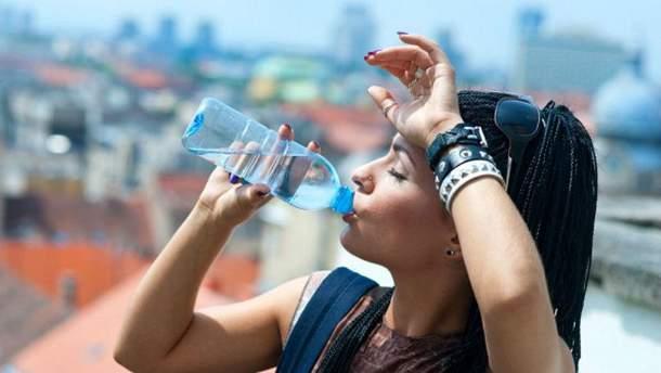 Вчені радять пити воду