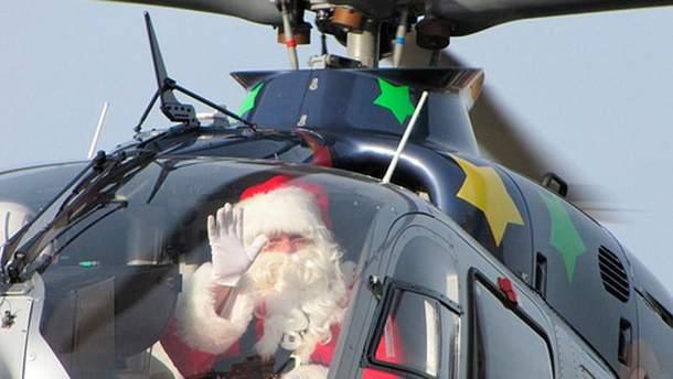 Санта Клаус в вертолете