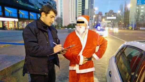 Полиция задержала Деда Мороза