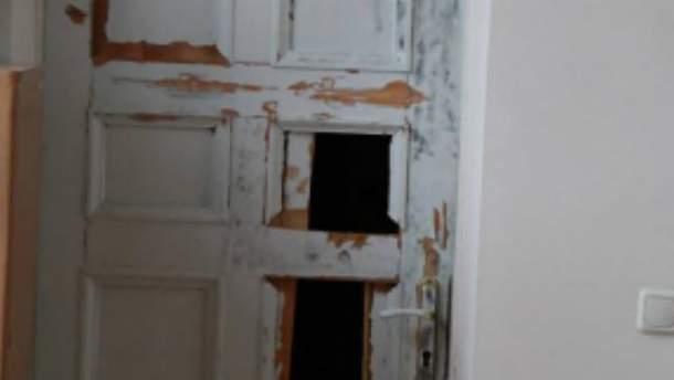 Олександру Мамаю вибили двері