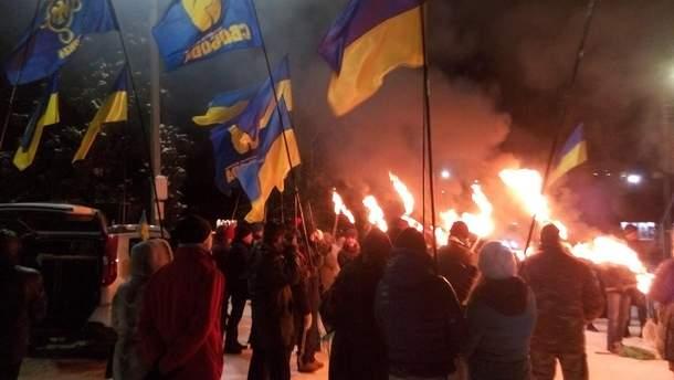 Факельное шествие в Славянске