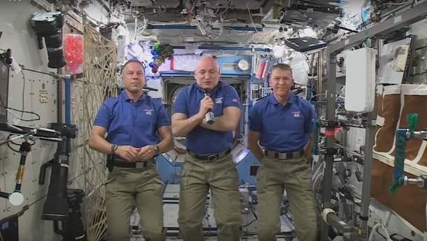 Астронавти на борту МКС