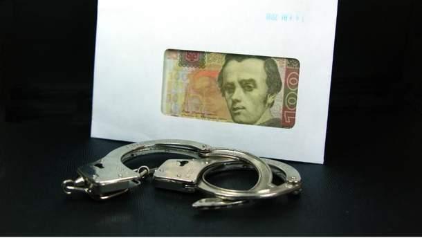 Полицейские попались на взятке