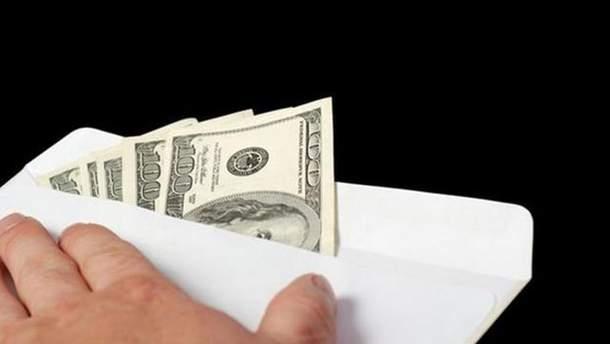 Конверт с долларами