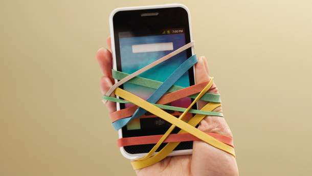 Зависимость от смартфонов разрушает романтические отношения