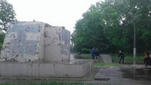 Найбільшого Леніна Одеси демонтували