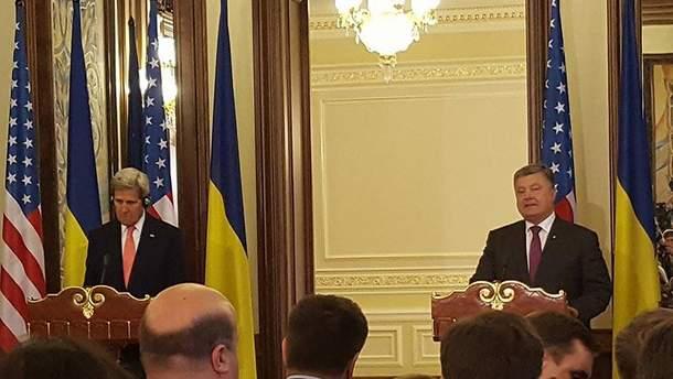 Джон Керри и Петро Порошенко