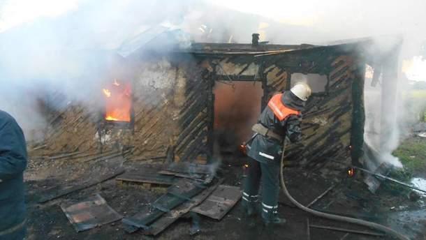 Пожежа під Києвом забрала два життя