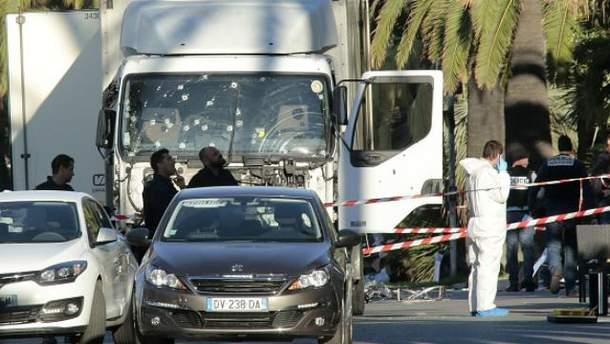 В результате атаки в Ницце погибло 84 человека