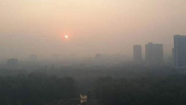 Забруднення повітря перевищує норму ще з 5 липня