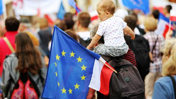 Польщі дали три місяці на подолання конституційної кризи