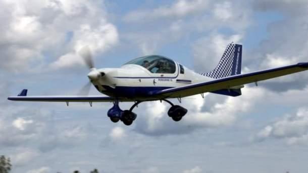 Российский легкомоторный самолет (иллюстрация)