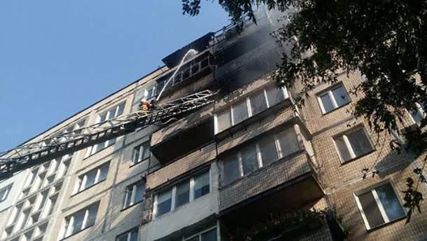Пожежа виникла у квартирі на сьомому поверсі