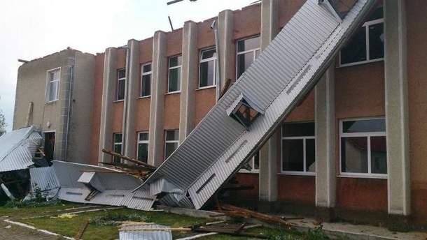 Местная школа осталась без крыши