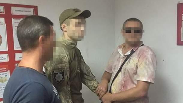 Полицейского-взяточника из Бахмута задержали