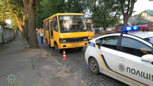 П'яний водій маршрутки вчинив одразу дві ДТП