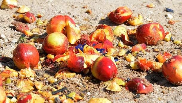 В России давили санкционные персики