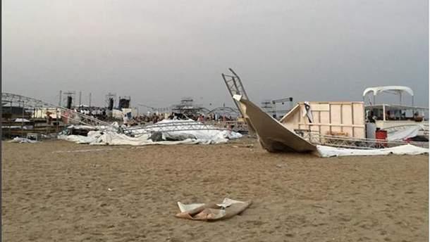 На фестивале вблизи Одессы обрушилась сцена