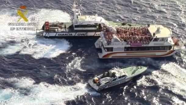 Корабель, на якому тривала оргія