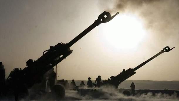 Боевики обстреляли украинцев с тяжелой артиллерии