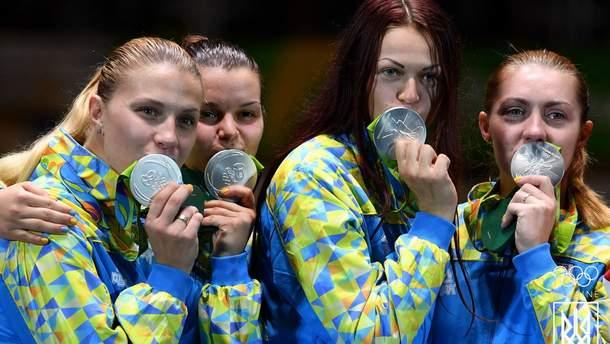 Украинские саблистки с серебряными медалями