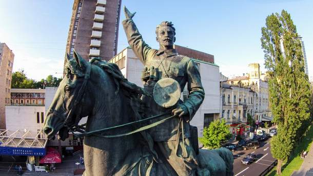 Пам'ятник Щорсу у Києві
