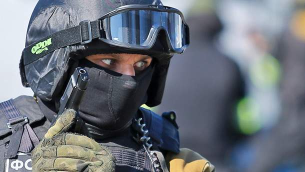 Работник ФСБ