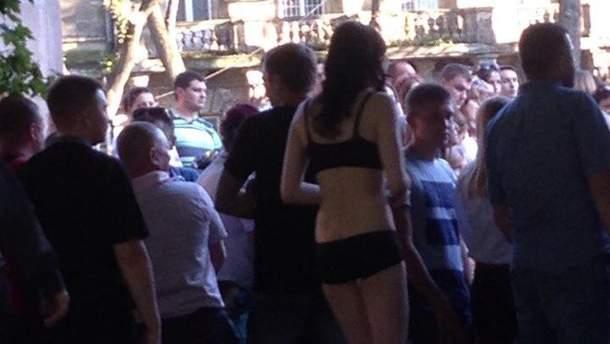 Танцовщица Pole Dance в Львове