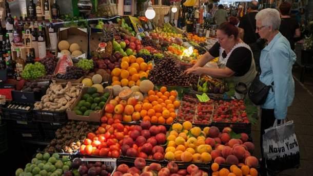 Корисні фрукти та ягоди серпня