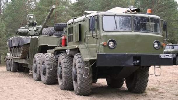 Такая техника возит вооружения на оккупированный Донбасс