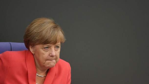 Меркель заявила, что санкции против России не отменят